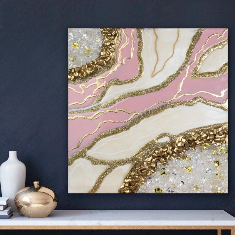 Картина эпоксидной смолой жеода розовая с золотом