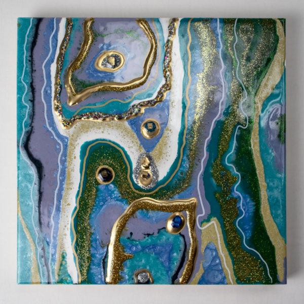 Объёмная картина с камнями и золотом из смолы